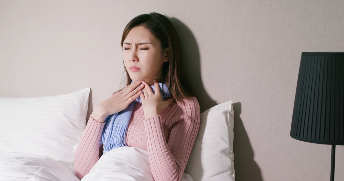 Penyebab Tenggorokan Terasa Gatal dan Cara Mengatasinya