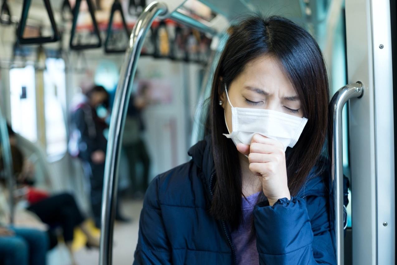 Sakit Tenggorokan Bisa Datang Kapan Saja, Ini Penyebab dan Cara Mengatasinya!